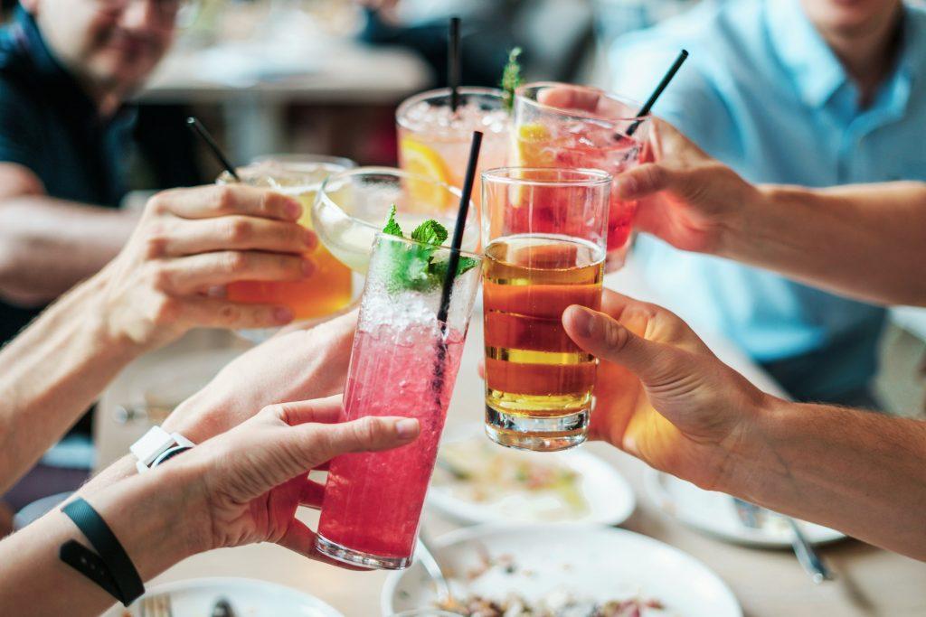 """深度分析加拿大餐饮业 6个要素掌握""""年轻人""""的消费喜好"""